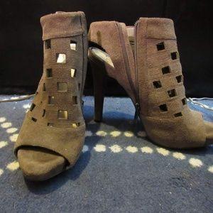 Jessica Simpson Heeled Peep Toe Boots